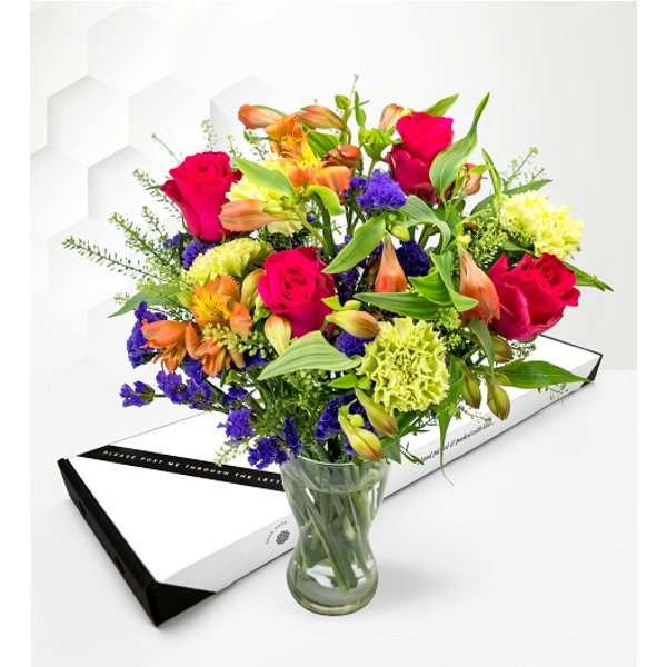 Bright Meadow – Letterbox Flowers – Letterbox Flower Delivery – Letterbox Flowers UK – Send Letterbox Flowers