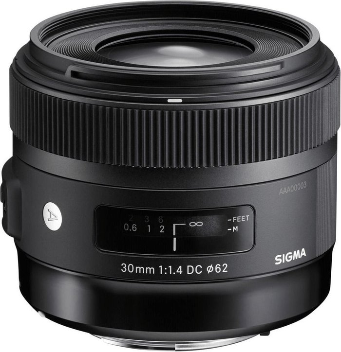 Sigma Sigma 30mm f/1.4 DC HSM Canon