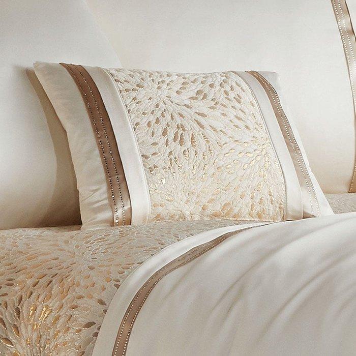 Catherine Lansfield Catherine Lansfield Luxor Jacquard Cushion - Gold