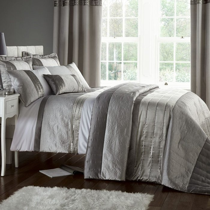 Catherine Lansfield Catherine Lansfield Gatsby King Bed Set