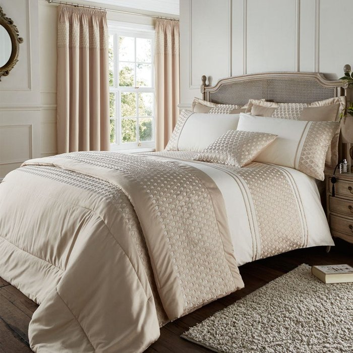 Catherine Lansfield Catherine Lansfield Lille King Bed Set