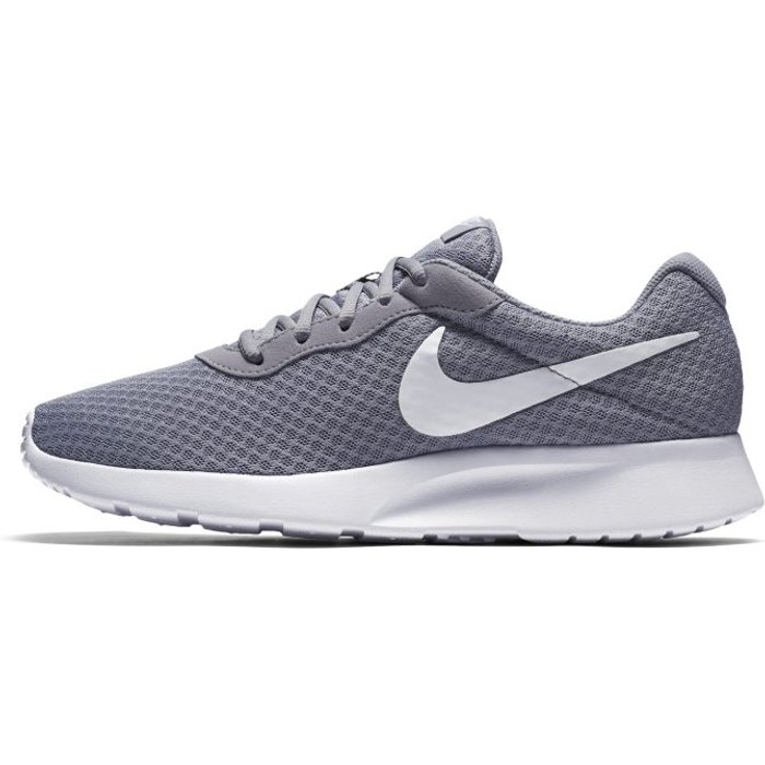 Nike Nike  TANJUN  men's Shoes (Trainers) in Grey. Sizes available:6.5,7.5,8,9