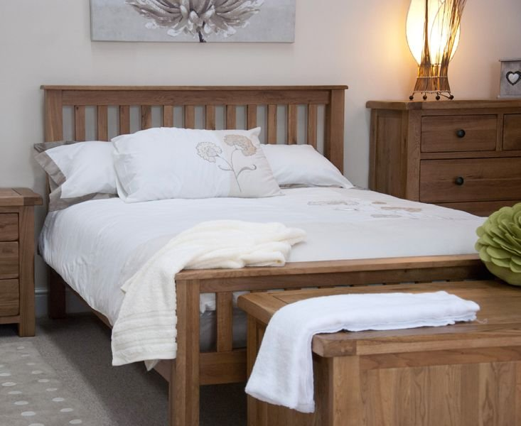 Photo of Bramley oak king size bed