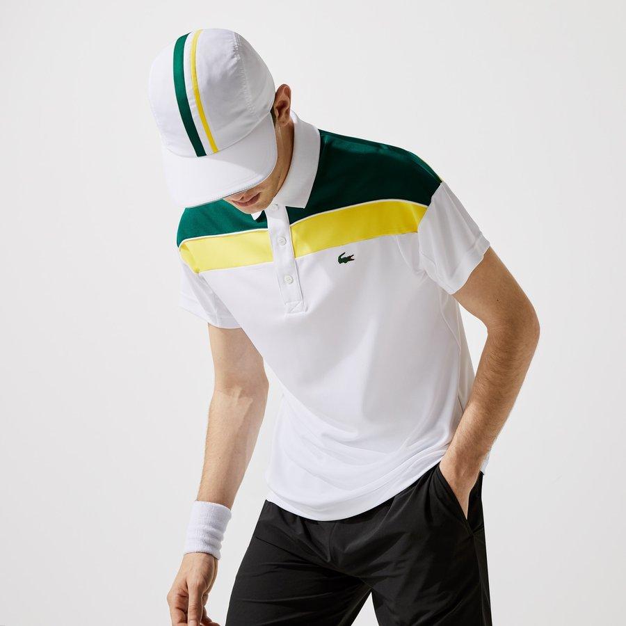 Artikel klicken und genauer betrachten! - Dieses innovative Tennis-Poloshirt zelebriert die Sportkultur des Brands. Mit atmungsaktivem Mesh-Einsatz und funktionellem Piqué in Shin Cool Technologie, wirkt dieses Teil schweißabweisend und hält Sie kühl beim Spiel. Perfekt zu den passenden Shorts.   im Online Shop kaufen